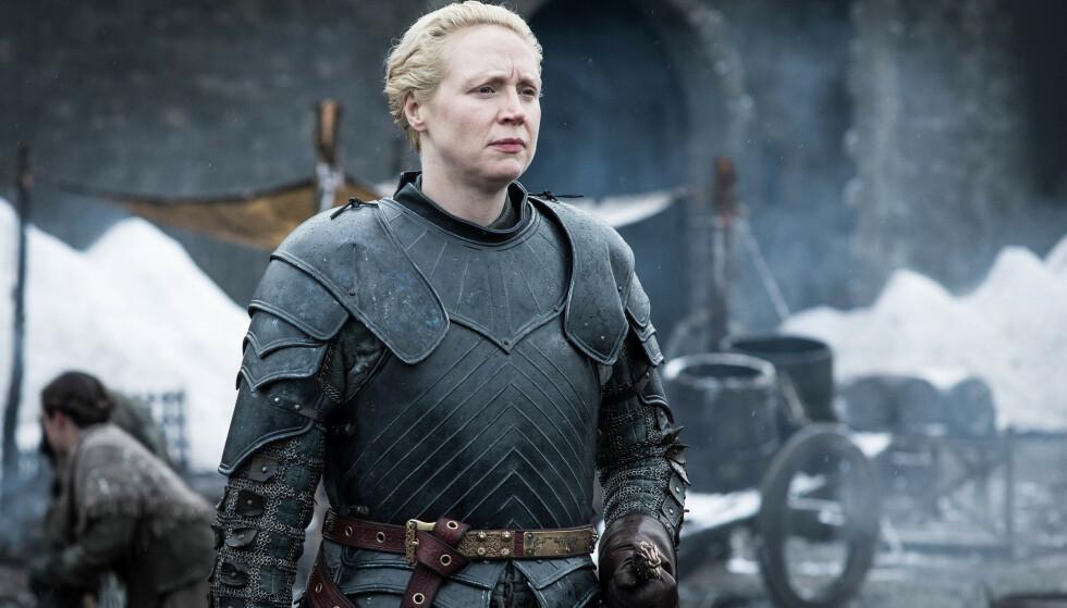BRIENNE OF TARTH: Også en av mine favorittkarakterer. Jeg elsker hennes ekstreme omsorg og beskyttelsestrang, og at hun alltid står opp for seg selv - når hun blir møtt med fordommer fordi hun ikke er helt A4. Brienne of Tarth spilles av Gwendoline Christie. FOTO: HBO