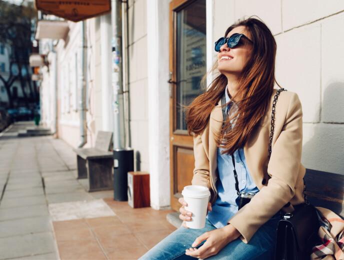 OPPKVIKKER: Kaffe gjør oss mer våkne og skjerpet. FOTO: NTB