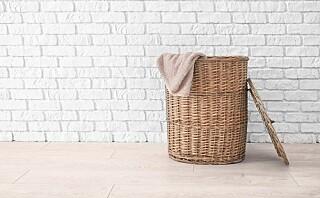Må man vaske klærne etter å ha brukt dem én gang?