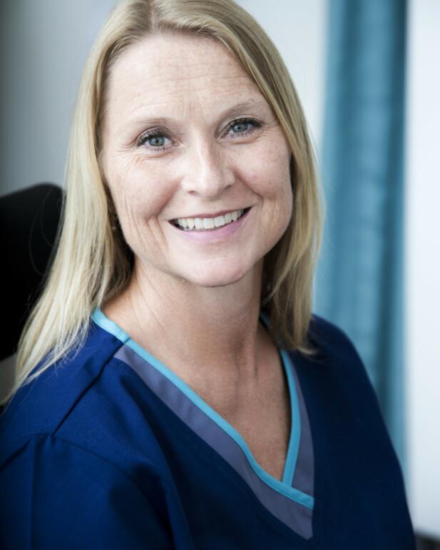 Kari Løvendahl Mogstad er lege og har skrevet boken «Kroppsklemma». FOTO: Cathrine Dillner Hagen