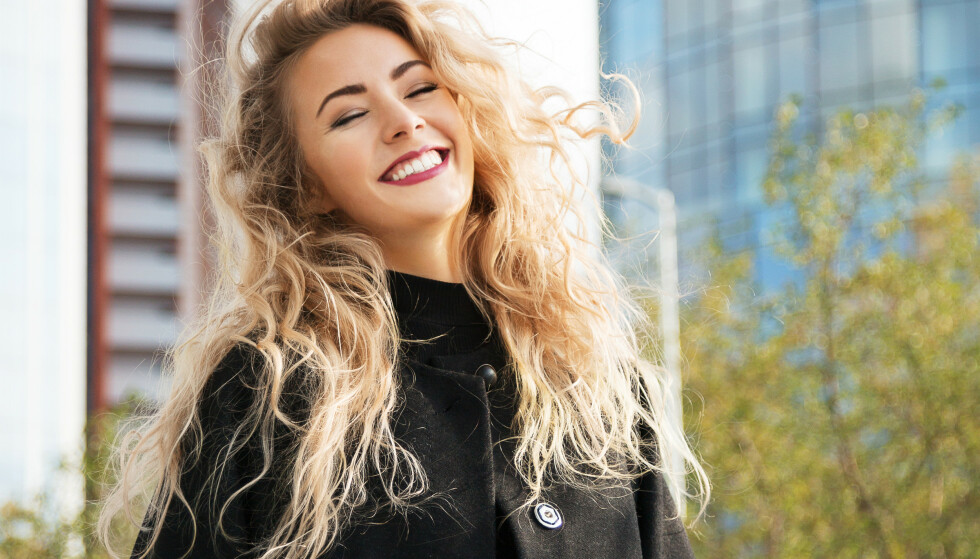 TYKKERE HÅR: Hvem ønsker seg vel ikke tykkere hår? De er faktisk mulig å jukse seg til det. FOTO: NTB Scanpix