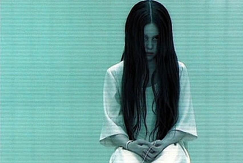 FØR: Det er hele 18 år siden skuespillerinnen Daveigh Chase portretterte lille Samara Morgan i skrekkfilmen «The Ring» – vi har funnet ut hvordan hun ser ut i dag! FOTO: Dreamworks