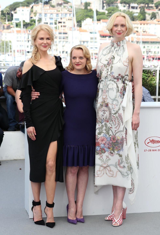 <strong>I GODT SELSKAP:</strong> Gwendoline Christie med 'Top of the Lake: China Girl'-kollegene Nicole Kidman og Elisabeth Moss under filmfestivalen i Cannes i mai 2017. FOTO: NTB Scanpix