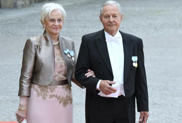 SILVIAS BROR: Ralf Sommerlath med kona Charlotte Sommerlath fotografert under prins Carl Philips og prinsesse Sofias bryllup i juni 2015. FOTO: NTB Scanpix