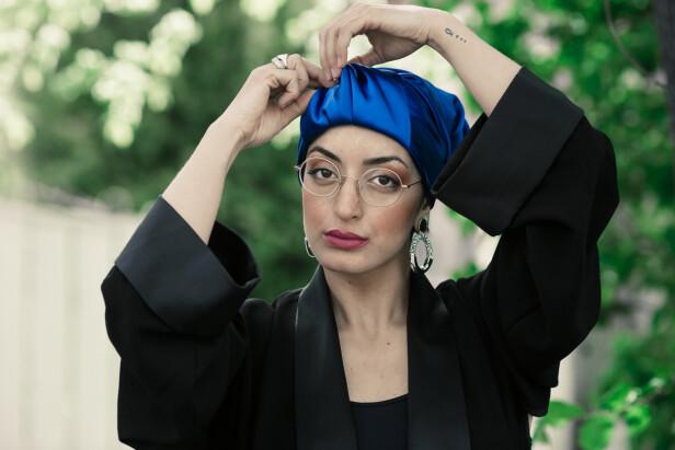 STOLT BÆRER: Fatimah Mahdi hadde valget - men turbanen er og blir en del av hennes personlighet. FOTO: Astrid Waller