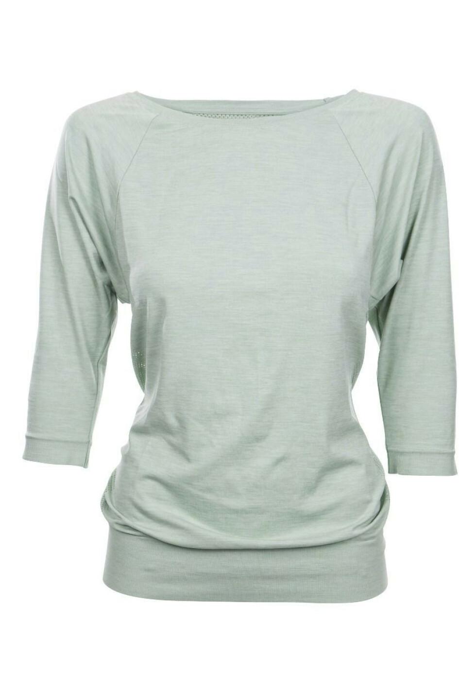 Mintgrønn trøye (kr 700, Run & Relax).