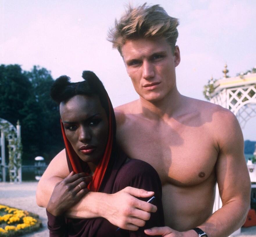 VILLE OG VAKRE: Svenske Dolph Lundgren og sangeren Grace Jones var en av 80-tallets mest profilerte par. På hjemmbane kunne det gå både vilt og hett for seg, ifølge Dolph Lundgren. FOTO: NTB Scanpix