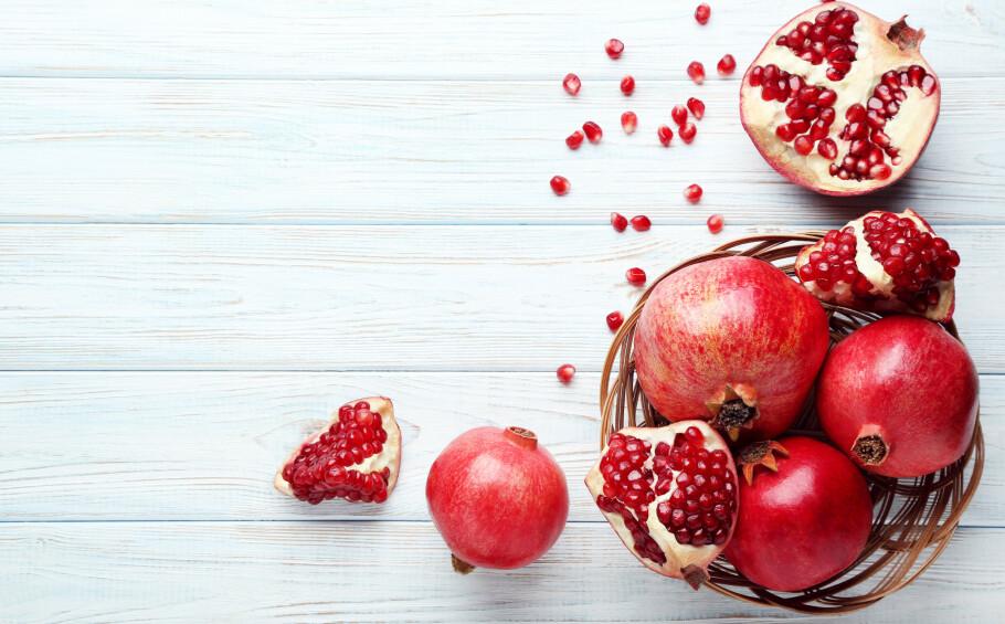 VAKKER, VELSMAKENDE OG GRISETE: Hvordan kutter man opp denne deilige frukten uten at kjøkkenet må males om etterpå? FOTO: NTB Scanpix