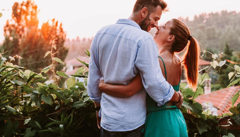 KJÆRESTE: Er du på jakt etter den store kjærligheten er det lurt å stille noen av de litt vanskelige spørsmålene allerede før dere drar på date, mener Hagen. FOTO: NTB Scanpix