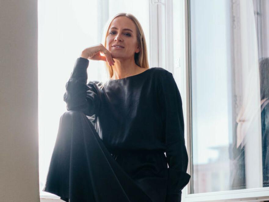 KLAR FOR NET-A-PORTER: Celine Aagaard og Pia Norskaug kan juble for å ha fått kolleksjonene sine inn på selveste Net-a-porter. Foto: Håkon Jørgensen