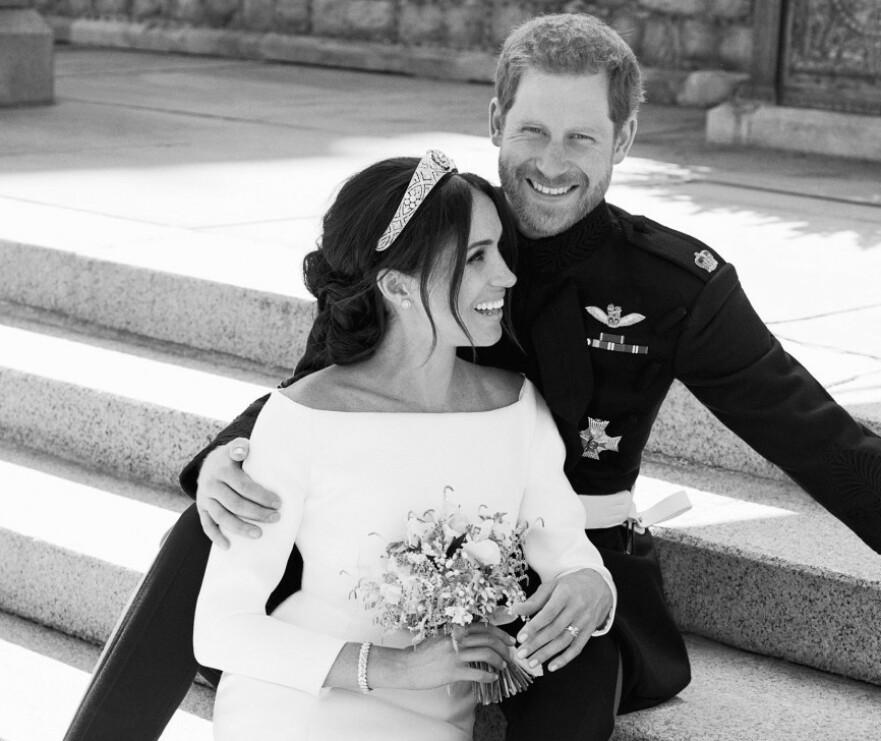 HITTIL USETT: I anledning deres første bryllupsdag, har hertugparet nå valgt å dele flere usette bilder fra den store dagen på sin offisielle Instagramkonto. FOTO: NTB Scanpix