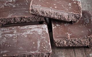 Dette er det hvite belegget på sjokoladen