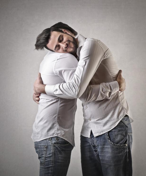 <strong>EKTE KLEM:</strong> Slik skal ein klem sjå ut, meiner KK-spaltist Fredrik Steen som vil den såkalte Brother-klemmen til livs. FOTO: Scanpix