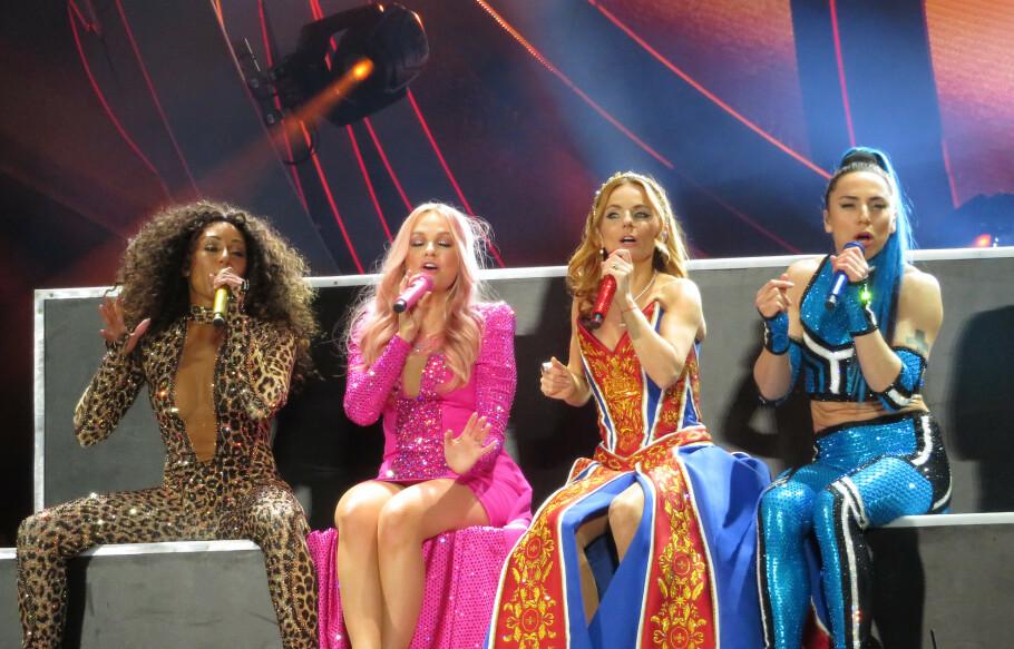 <strong>SPICE GIRLS:</strong> Den populære 90-tallsgruppa er sammen på scenen igjen - denne gang uten Victoria Beckham. Foto: Scanpix