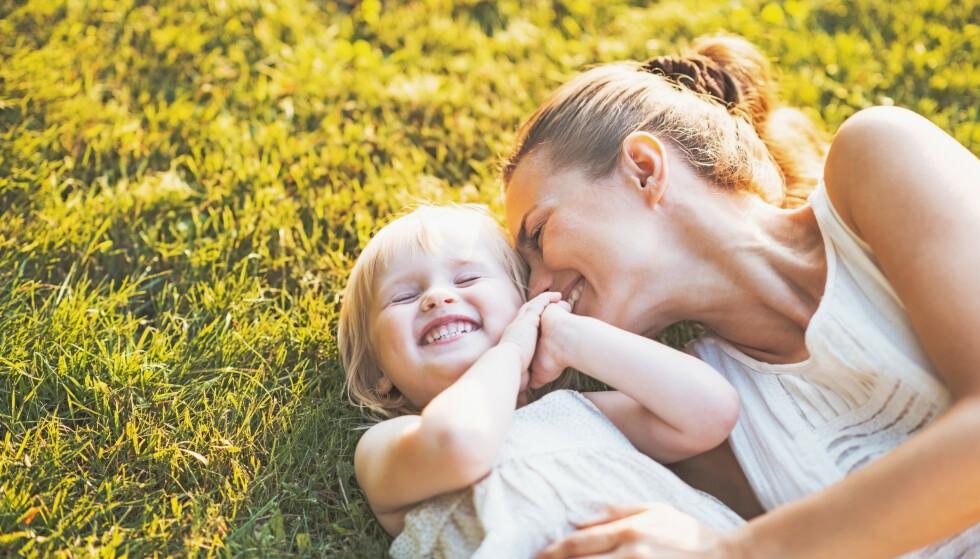 SUNT MED SOL: Litt sol er sunt, og kan blant annet redusere blodtrykket og bedre immunforsvaret.
