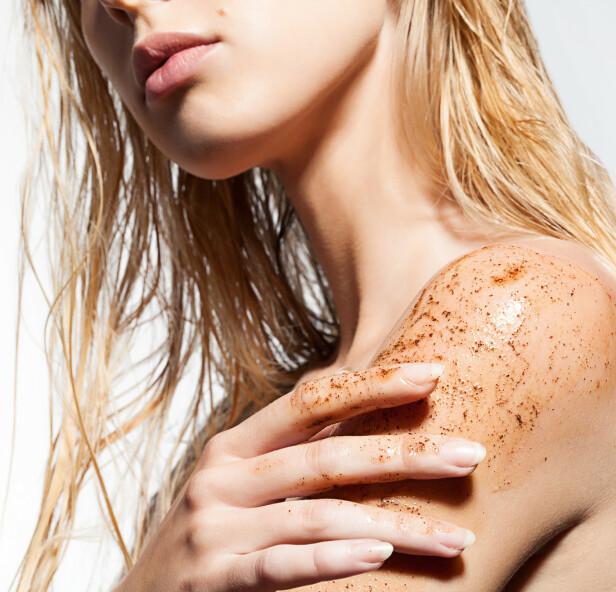 MANGE FORDELER: Eksfoliering, skrubbing eller peeling er nøkkelen til god hudhelse. Foto: Scanpix