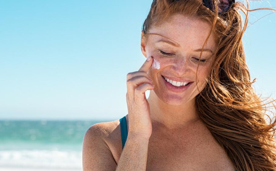 SOLKREM: Vi har alle forskjellige hudtyper og problemer. Derfor er det viktig å velge en solkrem som er perfekt for akkurat deg! Foto: Scanpix