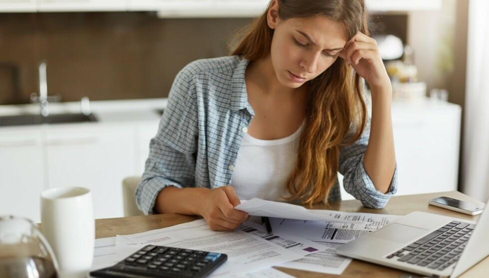 UFORUTSETTE HENDELSER: Det kan når som helst dukke opp utgifter du ikke venter. Da er det lurt å ha en bufferkonto. FOTO: Shutterstock