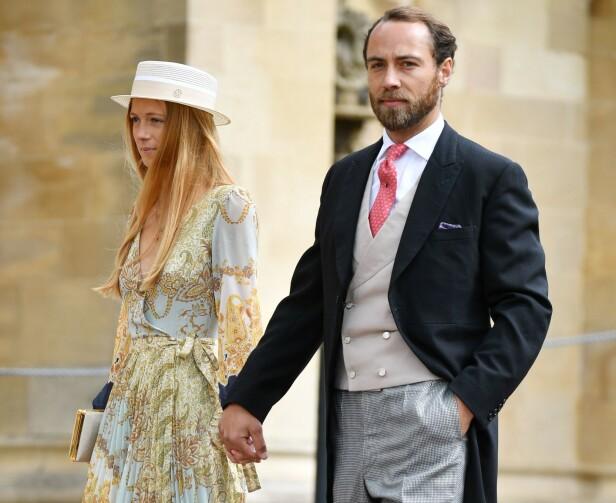 <strong>NESTE PAR UT?:</strong> James Middleton viste frem kjæresten Alizee Thevenet for første gang under et sosietetsbryllup på Windsor slott i mai 2019. FOTO: NTB Scanpix