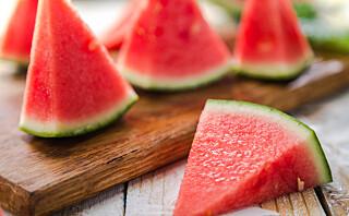 - Melon bør skylles før oppdeling, selv om man ikke spiser skallet