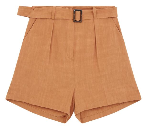 Shorts med belte (kr 300, asos. com)