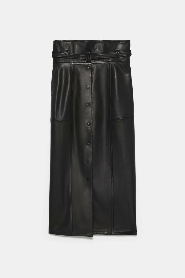 Skinnskjørt (kr 1295, Zara). FOTO: Produsenten