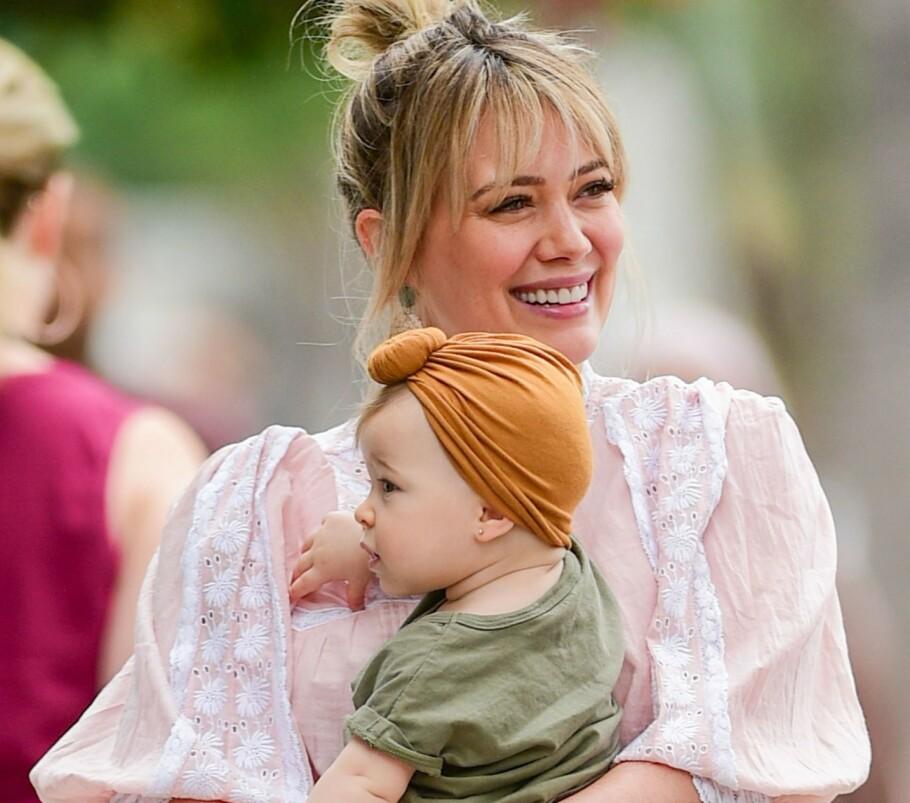 HILLARY DUFF: Da Duff postet et bilde av henne selv og datteren på Instagram nylig lot ikke kommentarene vente på seg. FOTO: NTB Scanpix