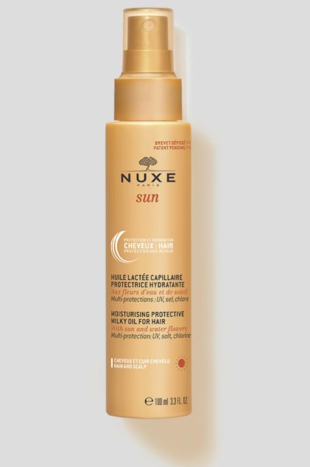 Beskytter mot klor, salt og sol (kr 180, Nuxe Sun, Hair Sun Protection).