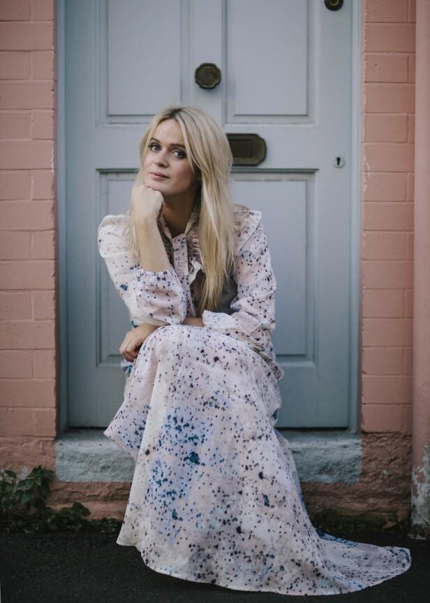 – Jeg har aldri vært skremt over tanken på at jeg må ta ansvar for meg selv, sier Dolly Alderton. FOTO: Joanna Bongard