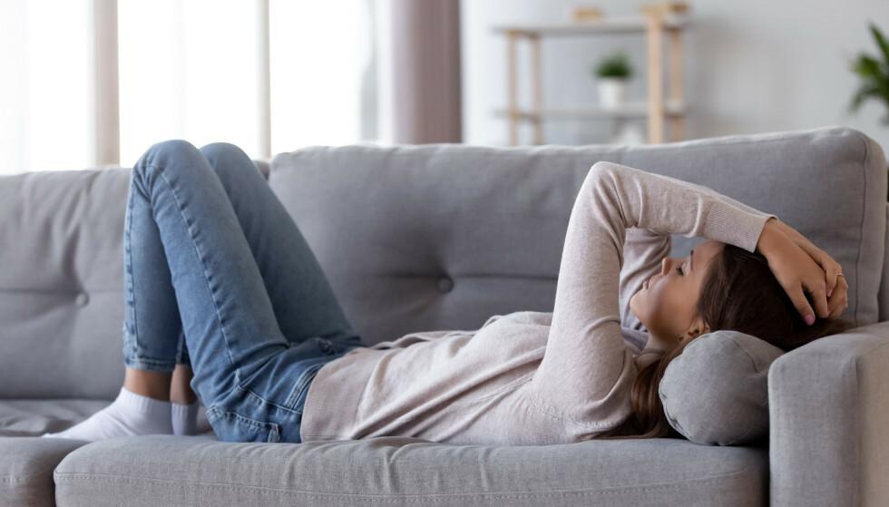 DEPRESJON: Vi vet at deprimerte ofte har en betennelse i kroppen. Nå jobber norske forskere med å teste om behandling med betennelsesdempende medisiner kan bedre de psykiske symptomene. FOTO: NTB Scanpix