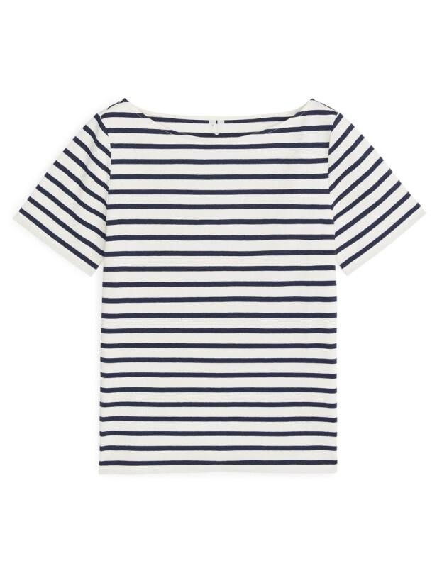 T-skjorte (kr 280, arket.com). FOTO: Produsenten