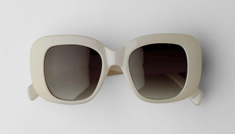Store, firkantete solbriller (kr 250, Weekday). FOTO: Produsenten