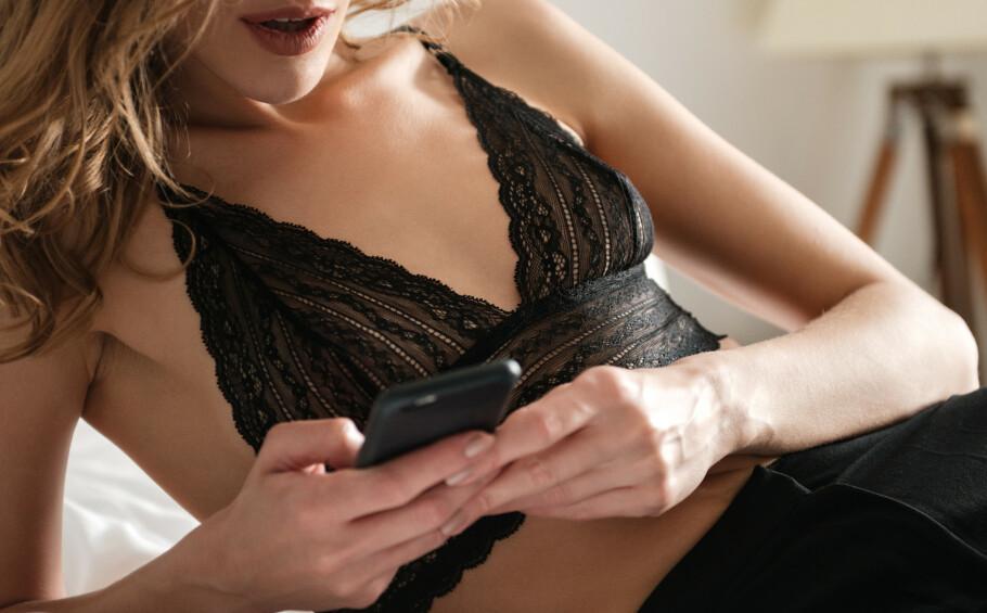 BEGYNTE Å SELGE SEX: «Emma» startet med å møte menn i ung alder, så begynte hun å selge trusene sine, før hun til slutt begynte å selge sex. ILLUSTRASJONSFOTO: NTB Scanpix