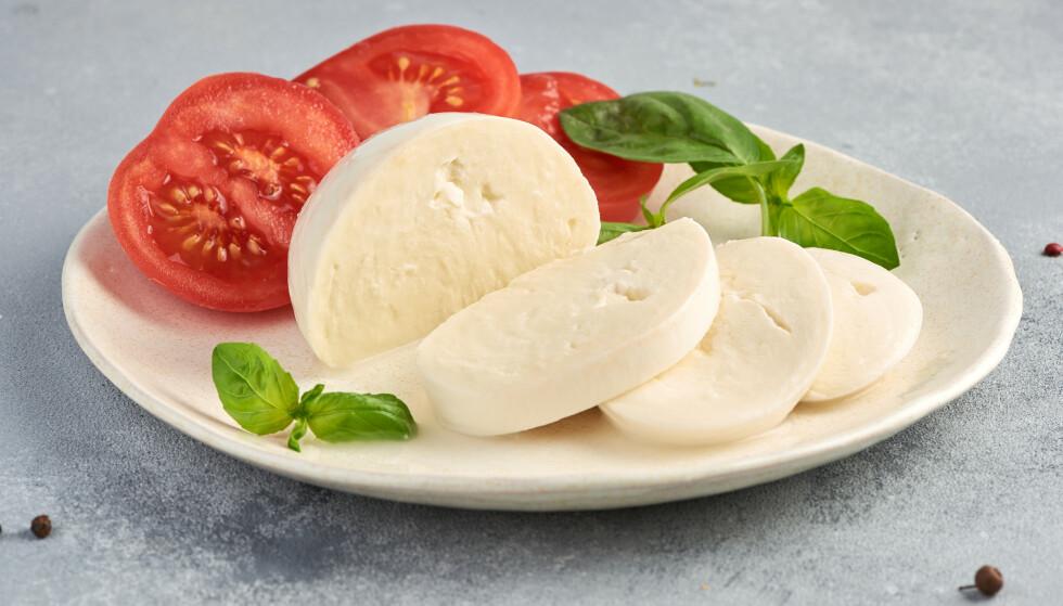 PROTEINKILDE: Lettvarianten av Mozzarella inneholder hele 30,3 % protein.