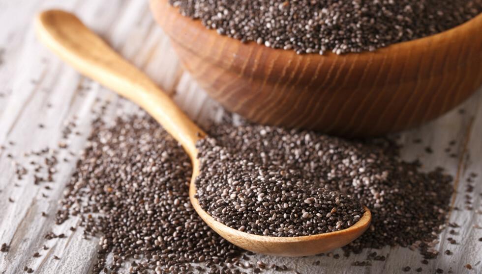 CHIAFRØ: Chiafrø brukes blant annet i grøt, bakst og müsli.