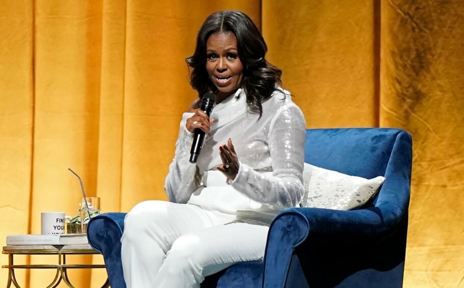 MICHELLE OBAMA: Kvinner må prioritere seg selv mer, mener Michelle Obama. FOTO: JIM YOUNG / AFP