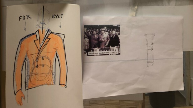 SKRYTER AV KYLE: Karen F. Gram forteller til KK at den amerikanske skuespilleren Kyle MacLachlan fant Roosevelt-rollen mens han prøvde antrekkene på kostymeprøvene i Praha. Her er skisser til en av hans kostymer. FOTO: Malini Gaare Bjørnstad