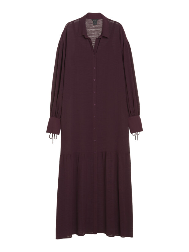Lang kjole (kr 500, Lindex). FOTO: Produsenten