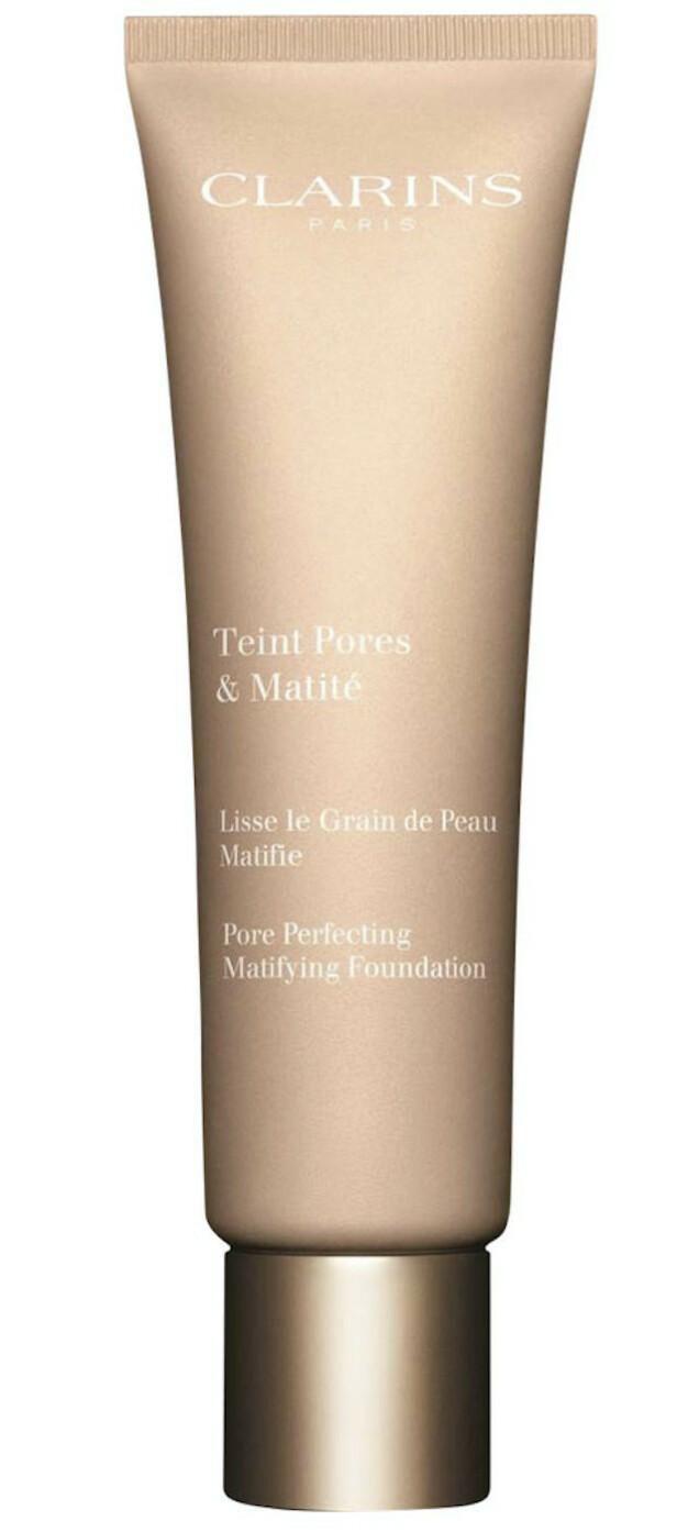 Foundation (kr 365, Clarins, Teint Pores & Matilé). FOTO: Produsenten