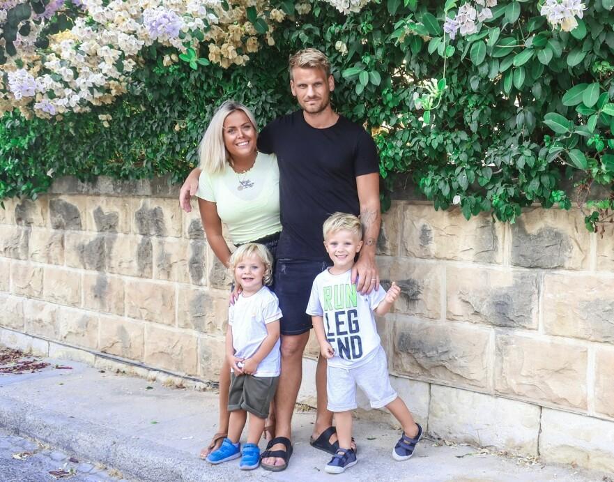 FLYTTET MED FAMILIEN TIL MALTA: Da Christel måtte bytte yrke, valgte småbarnsfamilien å prøve lykken i utlandet. FOTO: Privat