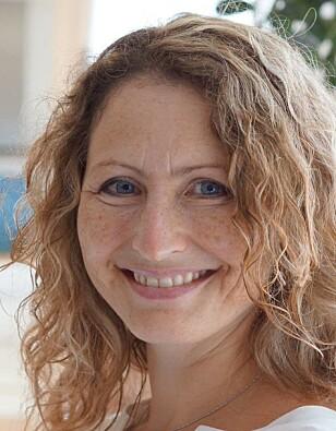 SKAL FØLGE INTERNASJONALE RETNINGSLINJER; Ina Landau Aasen, leder hos Nasjonal kompetansetjeneste for amming, synes det er ille at noen mødre opplever å ikke bli respektert for sitt valg om å ikke amme. FOTO: Privat