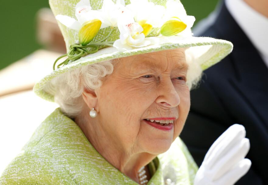 MOTETRIKS: Dronningens ukjente triks var ganske overraskende! Foto: Scanpix