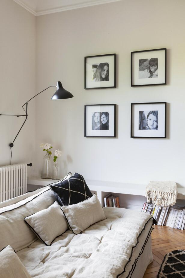 Sofaen og putene er fra Bérangère Leroy, og vegglampen Mantis er fra DCW. FOTO: Anne-Catherine Scoffoni