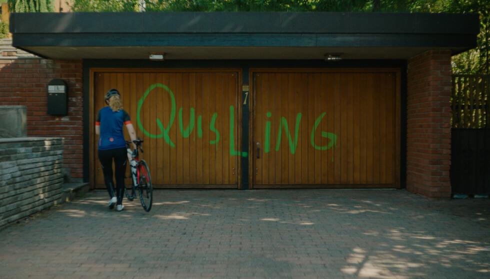 SAMMENLIGNING: Den tidligere proffyklisten blir sammenlignet med den beryktede NS-lederen Vidkun Quisling i filmen. FOTO: Nors Filmdistribusjon