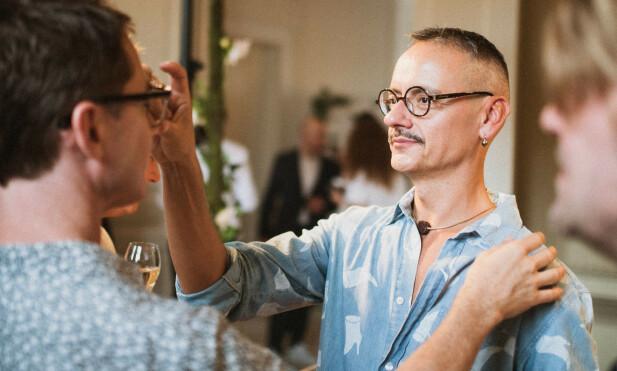 Veien fra ekstravagante ballkjoler til briller var forbausende kort for Viktor&Rolf. FOTO: Alexander Sporre
