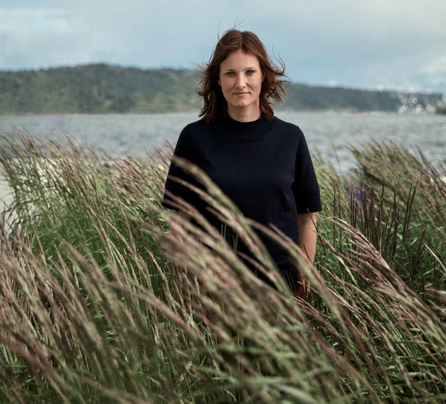 NY ROMAN: Agnes Ravatn er ute med ny roman, Dei sju dørene. Inspirasjon til boka fekk ho då ho fekk kreftbehandling på sjukehuset i Bergen. FOTO: Marius Viken