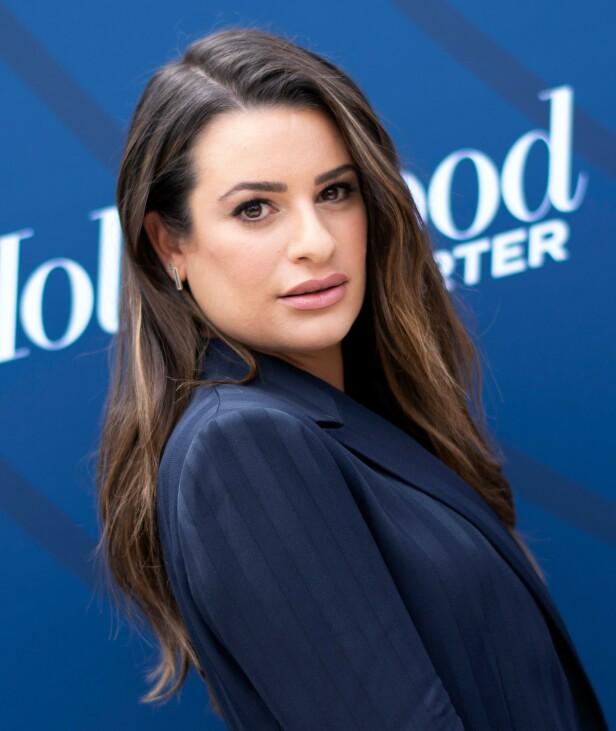 LEA MICHELE: Skuespilleren går for en naturlig look med innslag av lyse striper. Foto: Scanpix
