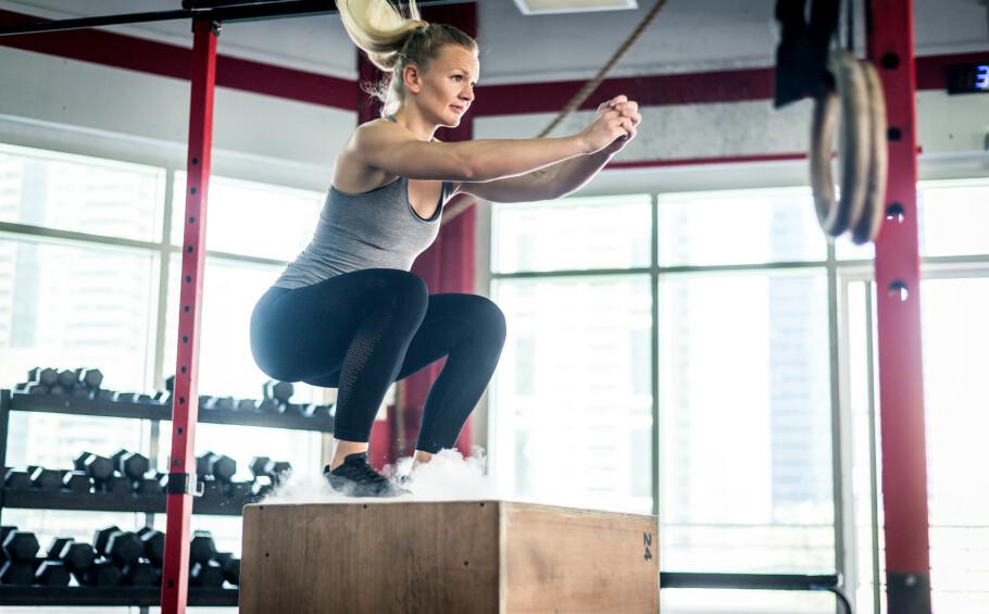 <strong>BOX JUMP:</strong> Box jump utfordrer hele kroppen, både kondisjon, spenst, koordinasjon og egen kroppsvektstyrke. FOTO: NTB Scanpix