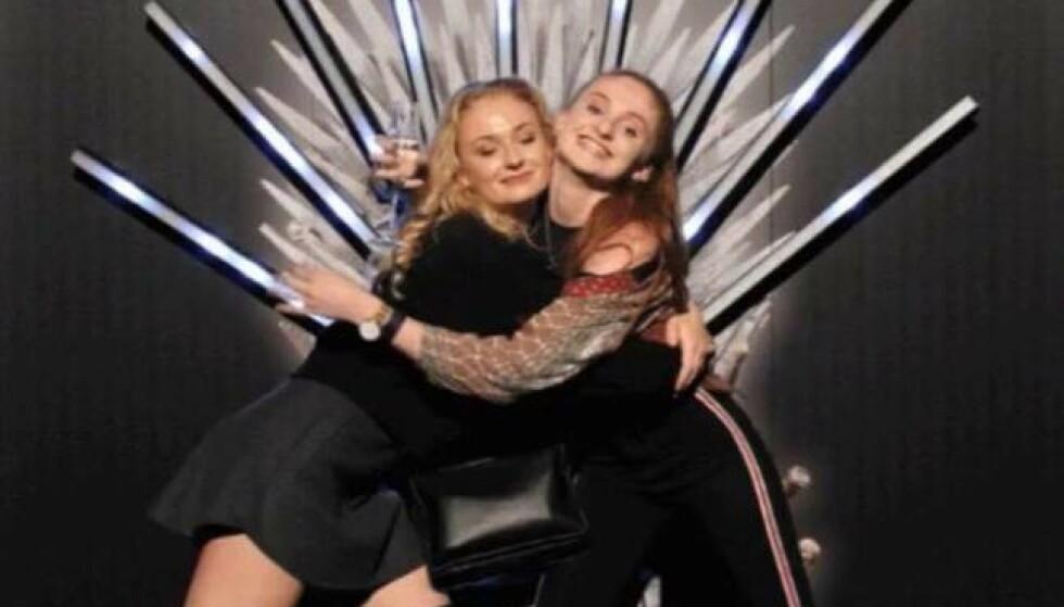 FANT TONEN: Turner og Butler avbildet på premierefest i forbindelse med åttende (og aller siste) «Game of Thrones»-sesong tidligere i år. FOTO: Instagram