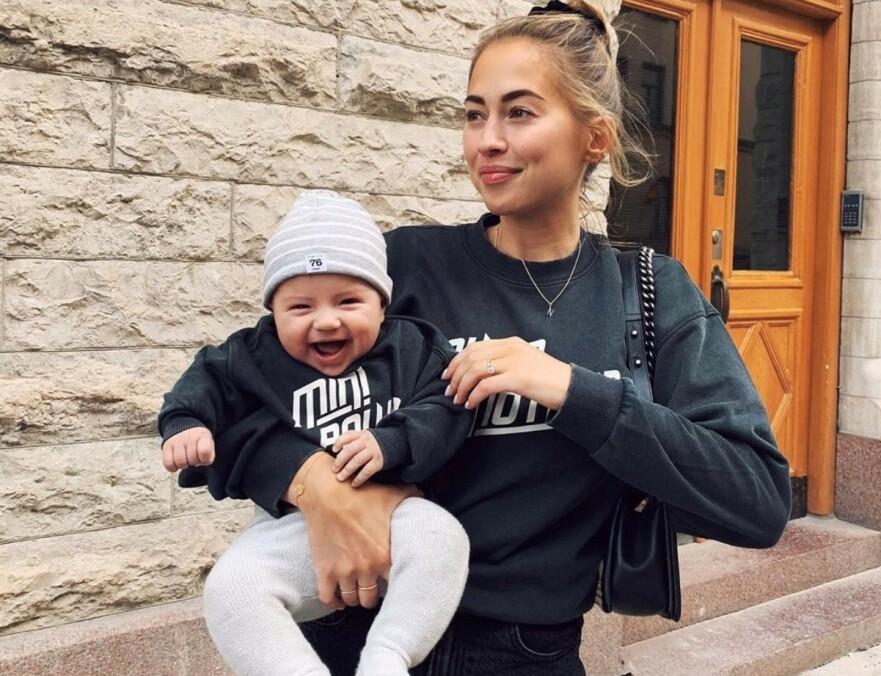 KRITIKK: Etter at Kenza fortalte til følgerne sine at hun var på vei til legen for noen dager siden for å gi sin tre måneder gamle sønn sin første vaksine, eksploderte innboksen hennes med hatmeldinger. FOTO: Instagram/skjermdump